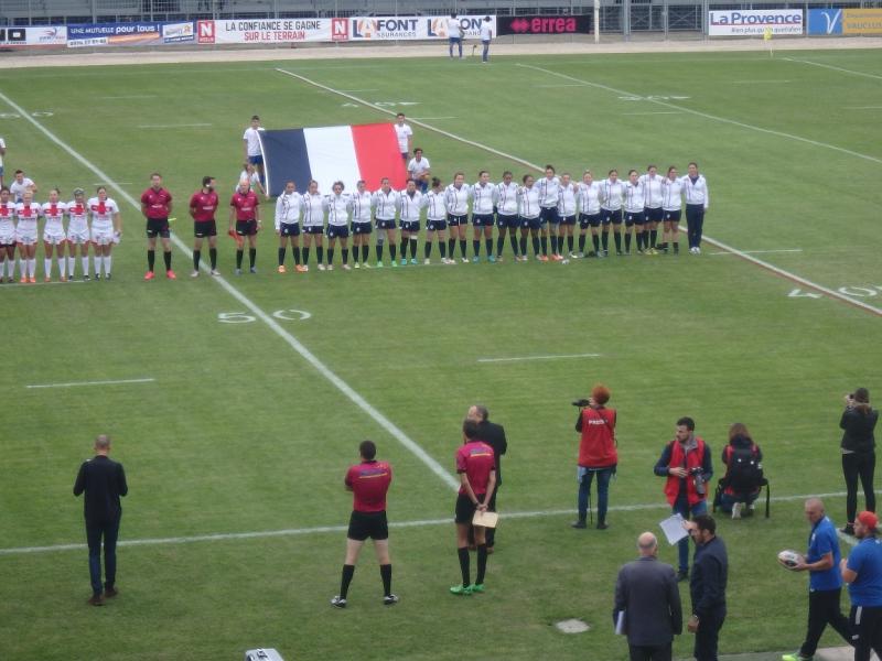 les Tricolores lors des hymnes