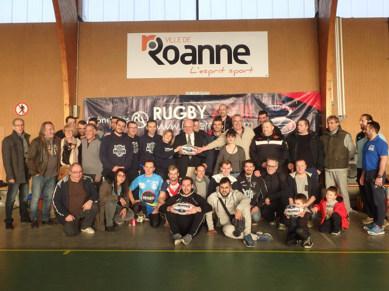 Photo souvenir du tournoi de TOUCH 13
